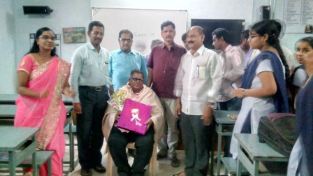 Literature Students felicitating English Faculty on Teachers'' Day